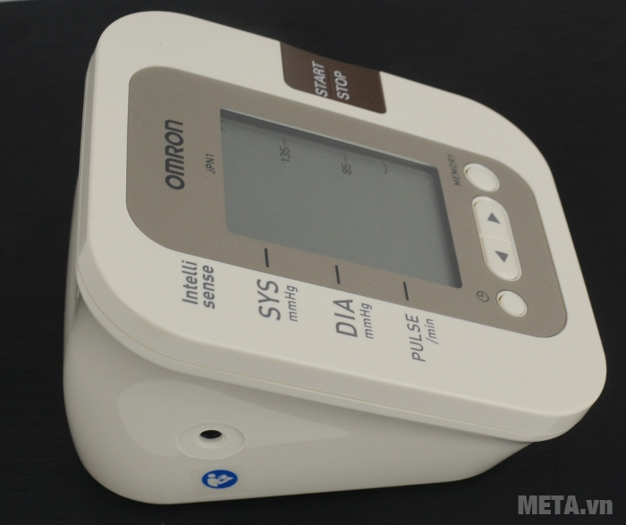 Cổng cắm vòng bít của máy đo huyết áp bắp tay tự động JPN1