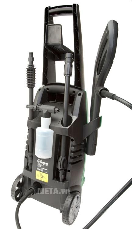 Máy phun xịt áp lực 1600W Hitachi AW130 dễ dàng cất giữ các phụ kiện gọn gàng trên thân máy.