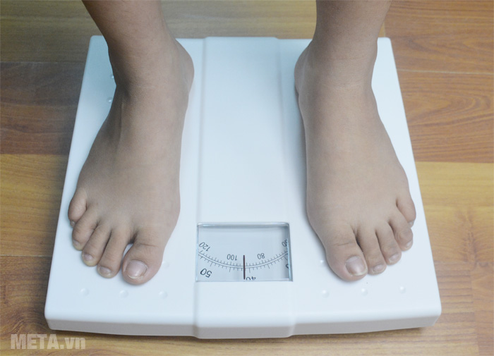 Cân cơ học Beurer MS01 giúp bạn kiểm soát cân nặng dễ dàng.