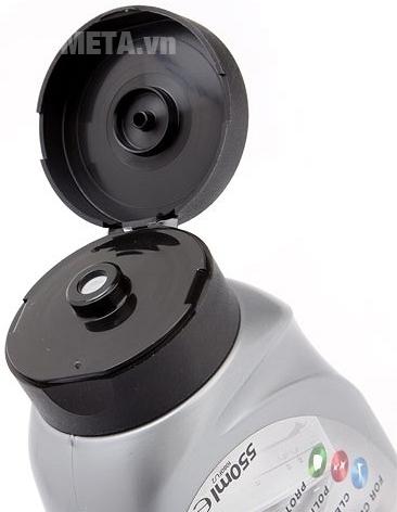 Chất tẩy rửa Astonish Pro Hob 550ml có thể sử dụng trên các mặt bếp khác nhau.
