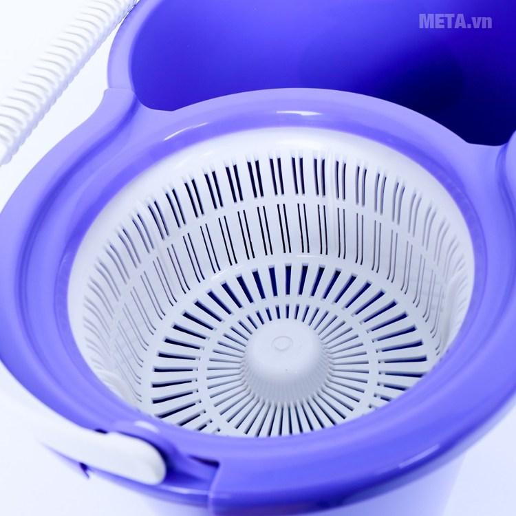Bộ lau nhà Angel Mop JE 350 với thiết kế ngăn vắt nước thông minh.