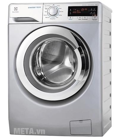 Máy giặt cửa trước Electrolux EWF12935S có màu xám bạc.
