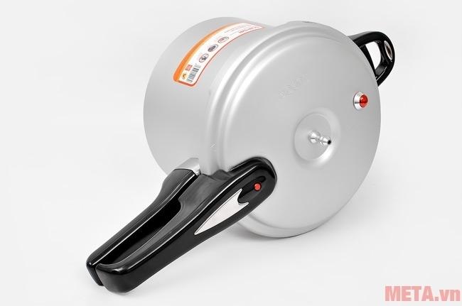 Nồi áp suất Supor YL183F5 thiết kế van chống quá áp hạn chế nguy cơ cháy nổ tới mức thấp nhất.