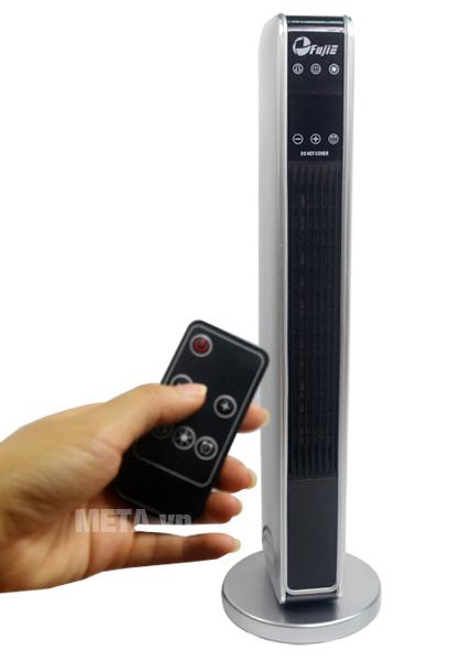 Quạt sưởi gốm Ceramic để sàn FujiE CH-2200 điều khiển tốc độ, hẹn giờ dễ dàng bằng remote.