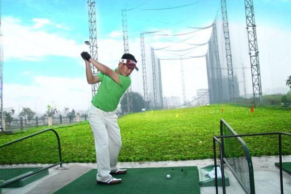Thảm tập golf giúp bạn chơi golf chuyên nghiệp hơn.