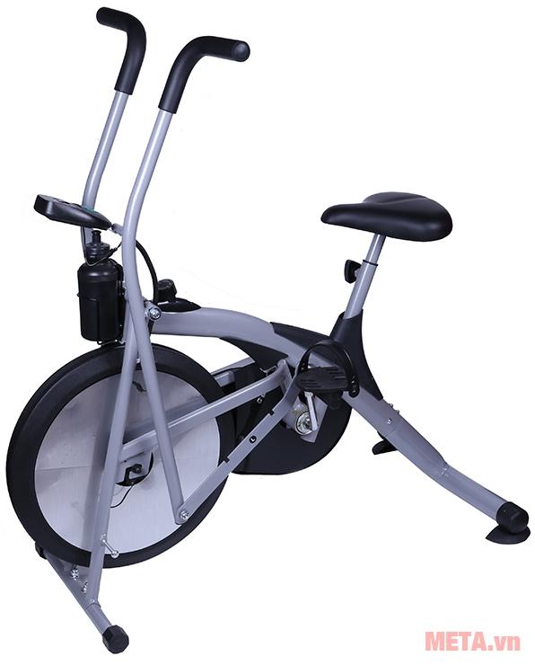 Máy tập dạng xe đạp KPR-4090E với thiết kế bàn đạp chắc chắn.