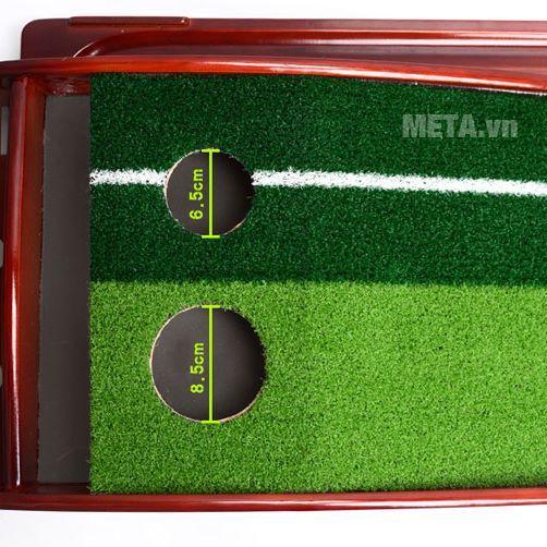 Kích thước 2 lỗ golf của thảm tập Golf Putting DG