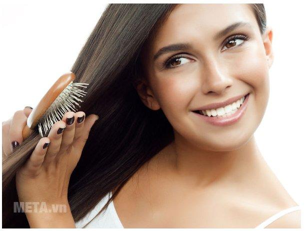 Không nên để mái tóc bị rối trước khi nhuộm tóc