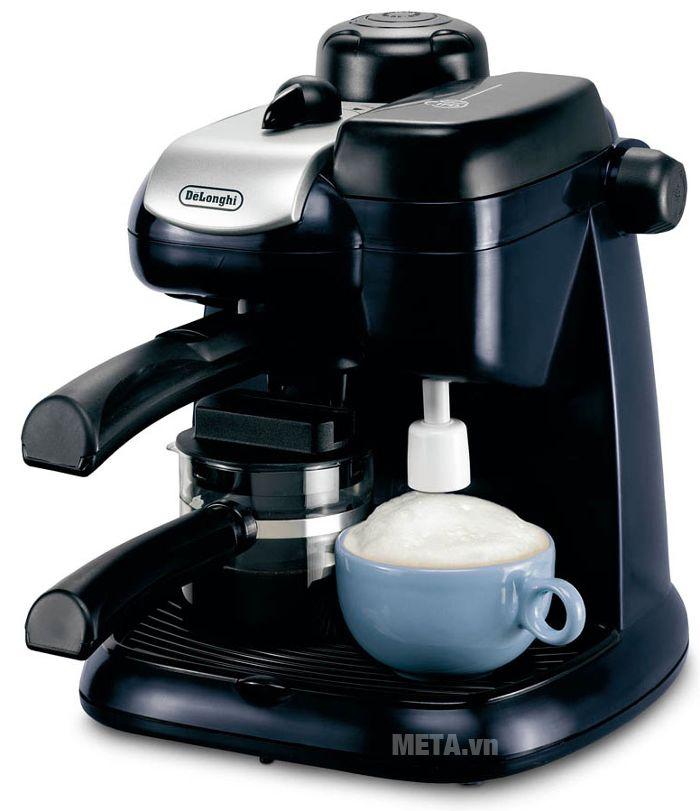 Máy pha cà phê Delonghi Steam Espresso EC9 thích hợp dùng cho gia đình, văn phòng.