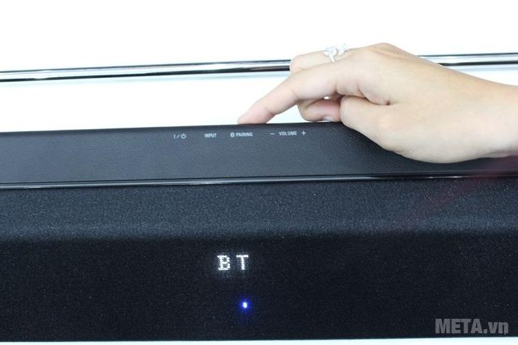 Nhấn nút PAIRING để bật Bluetooth