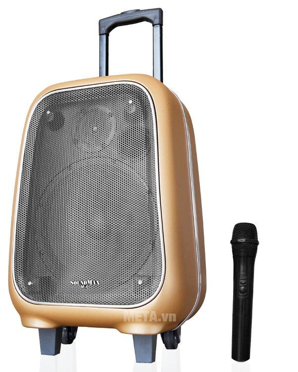 Mua loa SoundMax M-6 khách hàng sẽ được tặng thêm 1 micro.