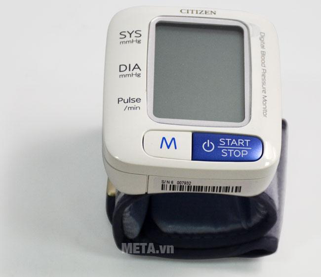 Máy đo huyết áp điện tử tự động CH-650 có màu trắng sang trọng