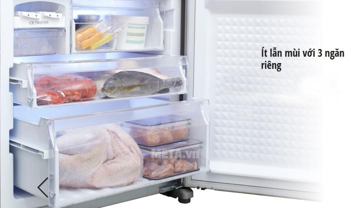 Tủ lạnh Econavi NR-BX468XSVN với 3 ngăn được bày biện rất tinh tế