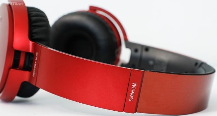 Tai nghe Sony XB650BT cho phép đàm thoại, nghe nhạc, giải trí tới 30 giờ