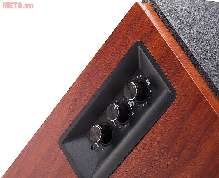 Nút điều chỉnh bass, treble và volum trên loa Edifier R1700BT