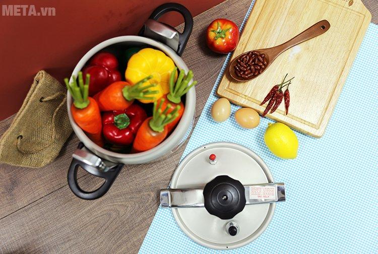 Nồi áp suất Tianxi TCO22 giúp bạn nấu được lượng thực phẩm lớn